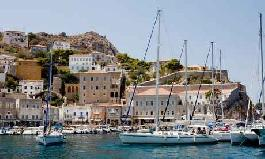 Greek tourist industry thriving despite debt crisis and unrest